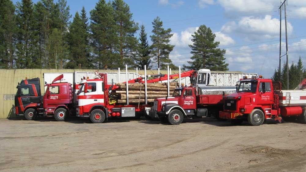 Kuljetuskalustomme mahdollistaa monenlaiset kuljetukset